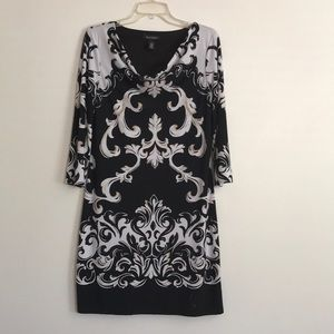 White house black market dress. 3/4 sleeves.